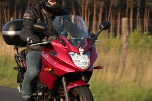 Yamaha XJ6 Diversion - video test