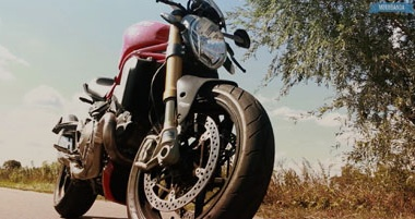 Ducati Monster 1200S - drogowy Video test.