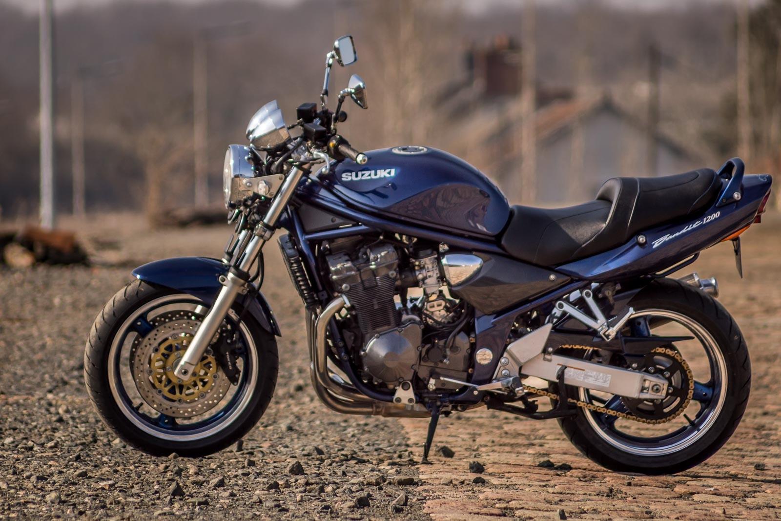 Hjc Fg 17 >> Suzuki GSF / Bandit 1200N (2000 - 2005)